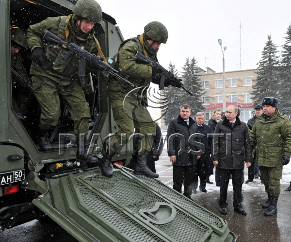 Published march 21 2012 at 600 × 498 in vladimir putin inspects
